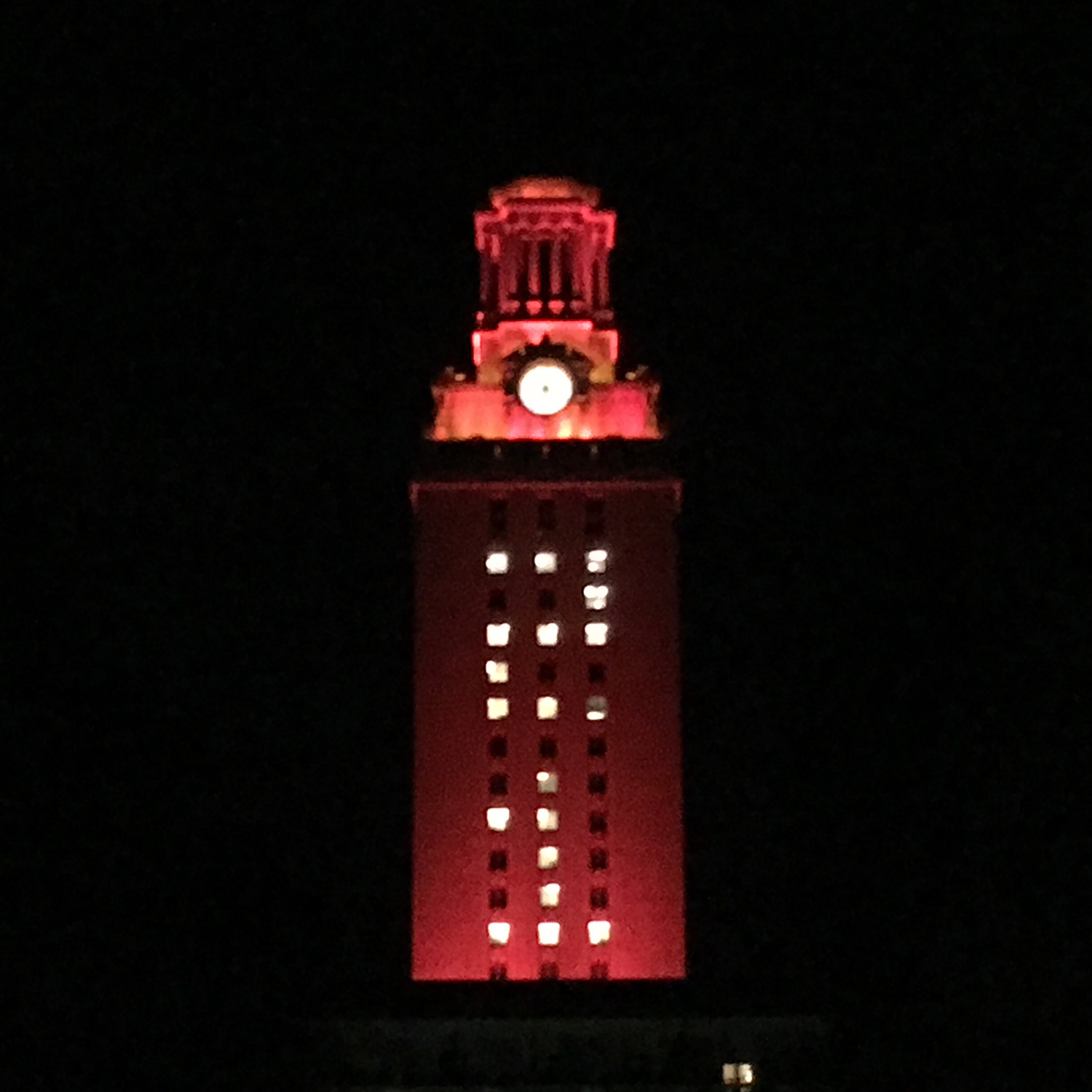 Orange Tower Welcomes New Students - UT Tower