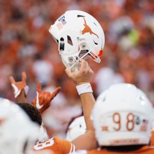 Light the Tower: Texas Football Beats TCU, 31-16