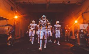 Light the Tower: Texas Beats Baylor, 23-17