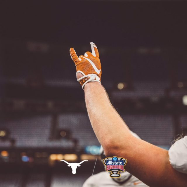 LIGHT THE TOWER: TEXAS BEATS GEORGIA, 28-21