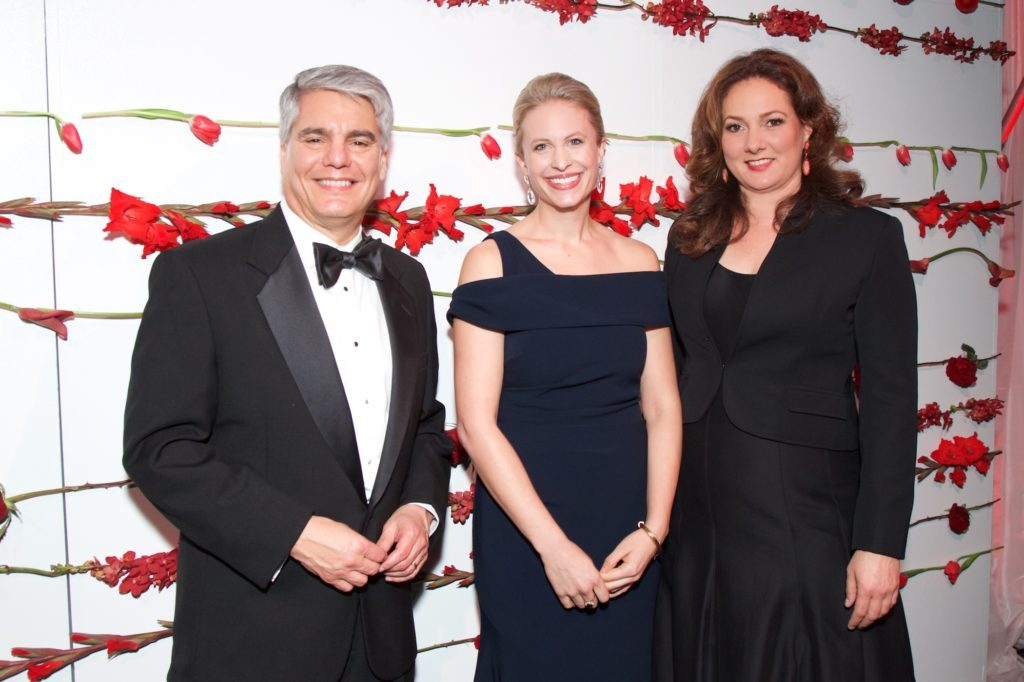Gregory L. Fenves, Elle Moody, and Simone Wicha at the 2019 Blanton Gala.